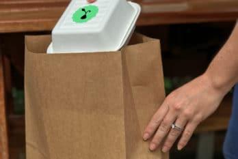 Emballage & vente à emporter : les contraintes d'usages pour le foodservice